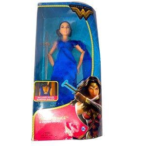 Mattel DC Wonder Woman Diana Prince & Hidden Sword